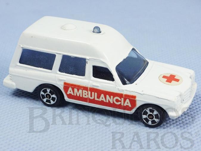 Brinquedo antigo Ambulância Mercedes Benz 2.200 Binz Ambulance Brazilian Corgi Jr Kiko Década de 1980