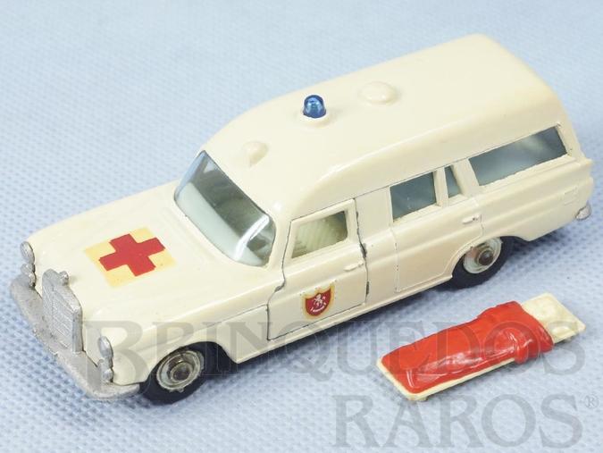 Brinquedo antigo Ambulância Mercedes Benz Binz Ambulance King Size Ano 1967