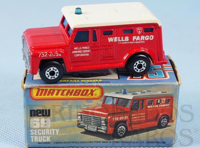 Brinquedo antigo Armored Truck Superfast vermelho Wells Fargo