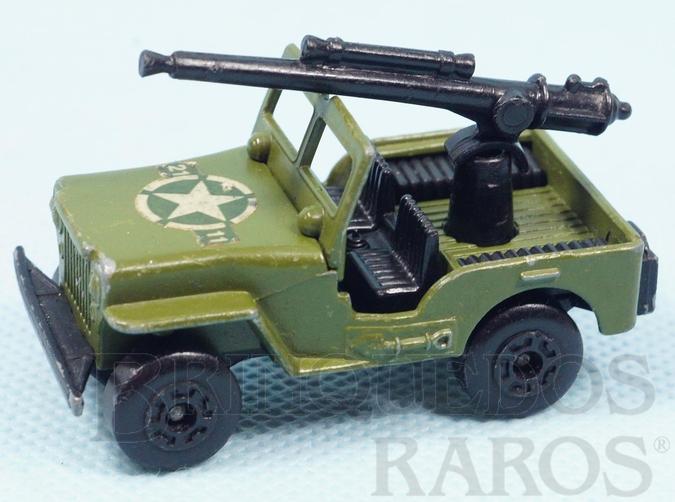 Brinquedo antigo Armoured Jeep Willys com canhão Superfast verde oliva