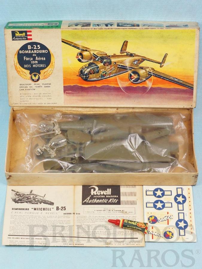 Brinquedo antigo Avião Bombardeiro North American Mitchell B-25 Caixa Dura fabricação pre 1964