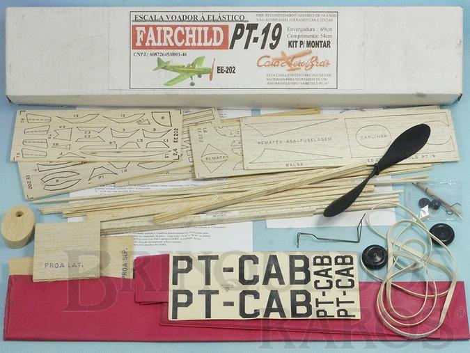 Brinquedo antigo Avião Fairchild PT-19 Escala Voador de madeira balsa entelada com 69,00 cm de envergadura 100% completo perfeito estado Década de 1990