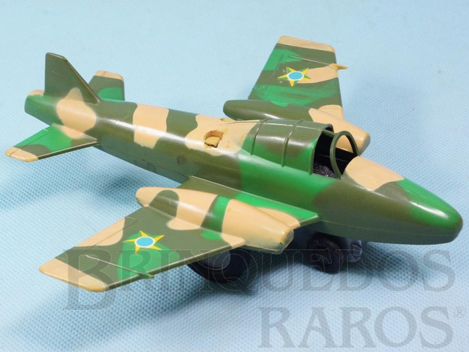 Brinquedo antigo Avião Patrulha Aérea com faíscas Versão camuflada com som de metralhadora 19,00 cm de envergadura Ano 1972
