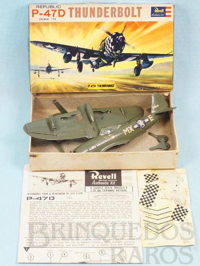 Brinquedo antigo Avião Republic Thunderbolt P-47D Caixa Dura e Manual em excelente estado fabricação pré 1964 Kit montado