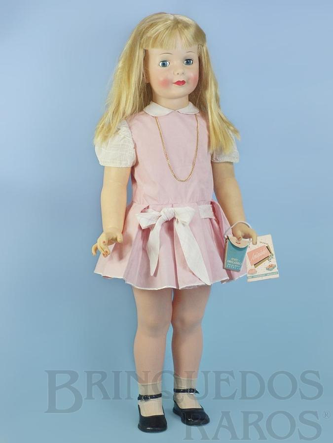Brinquedo antigo Boneca Amiguinha com 90,00 cm de altura 100% original Acompanha Folheto e Bolsinha de papel Cabelos de Nylon e Olhos de dormir Ano 1965