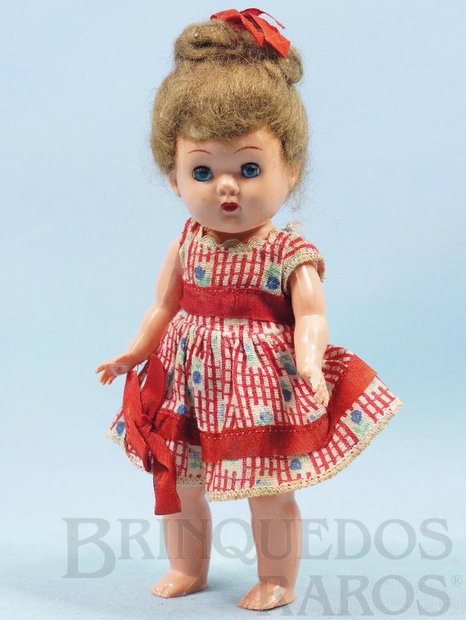 Brinquedo antigo Boneca com 19,00 cm de altura Olhos de dormir Cabelo natural Década de 1960
