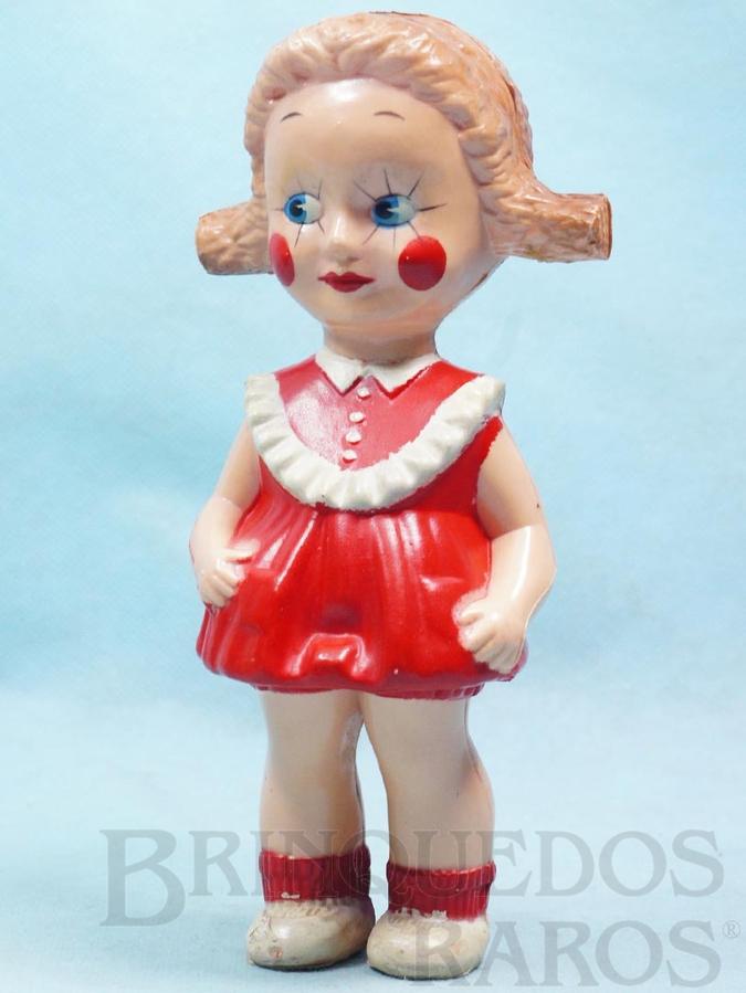 Brinquedo antigo Boneca Emília com 20,00 cm de altura Brinde da Cesta de Natal Amaral Década de 1960 Fora de Catálogo
