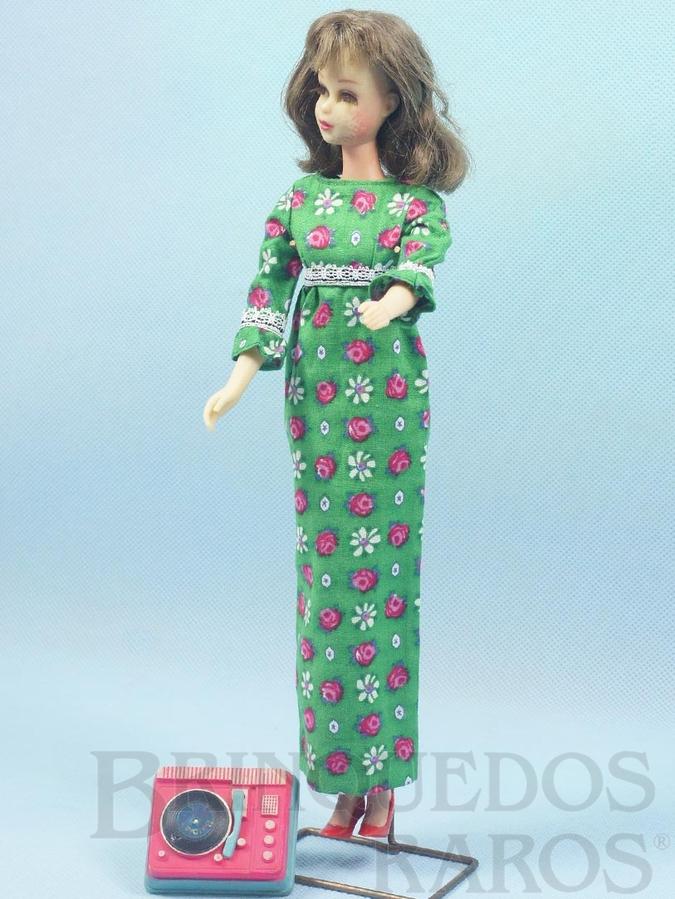 Brinquedo antigo Boneca Francie prima da Barbie vestindo o Conjunto Go Granny Go Anos 1966 e 1967 Para maiores informações sobre essa Boneca veja Coleções.