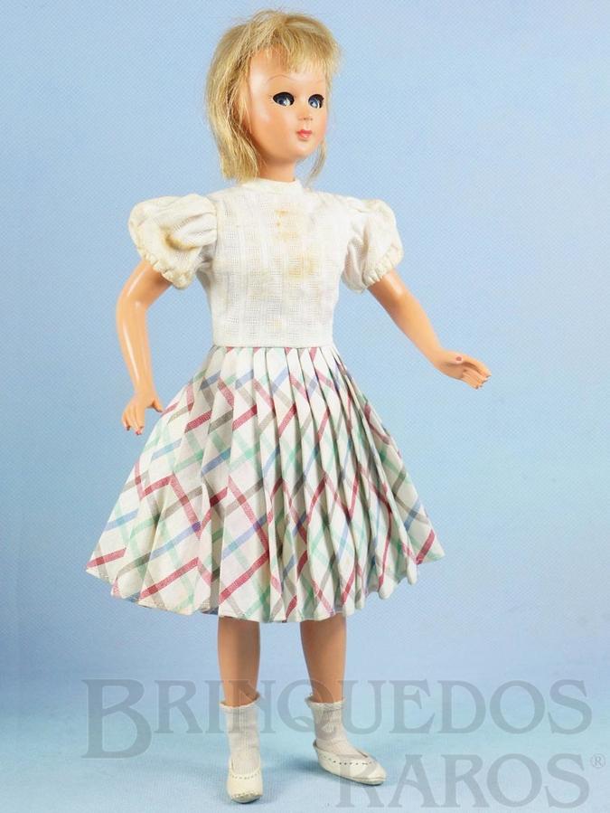 Brinquedo antigo Boneca Jenny com 32,00 cm de altura Rosto e corpo de Plástico Rígido Olhos de dormir e de acompanhar Pré Barbie Doll Década de 1950