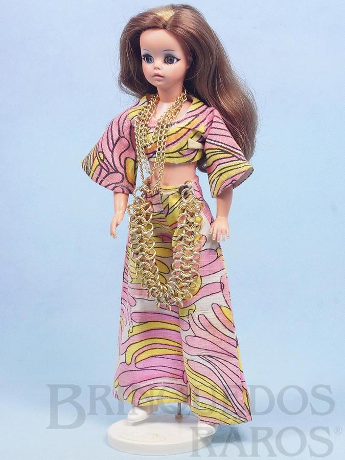 Brinquedo antigo Boneca Susi cabelo castanho com mecha Série Susi faz Pose Cintura móvel 100% original Perfeito estado Completa com suporte Ano 1970