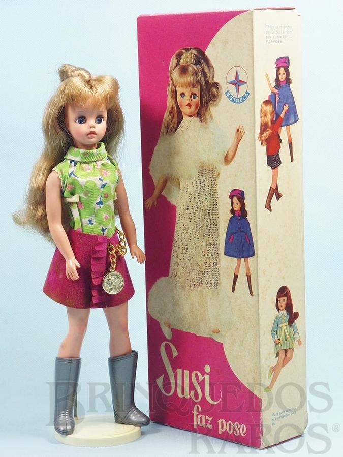 Brinquedo antigo Boneca Susi Série Susi faz Pose 100% original Perfeito estado Completa com Suporte Ano 1969