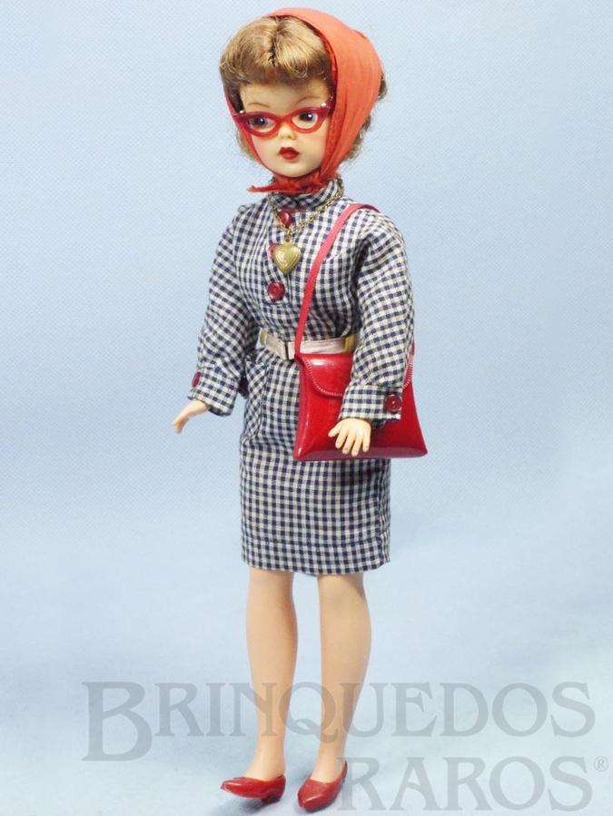 Brinquedo antigo Boneca Tammy Doll com 30,00 cm de altura Boneca Matriz da Susi Brasileira Década de 1960