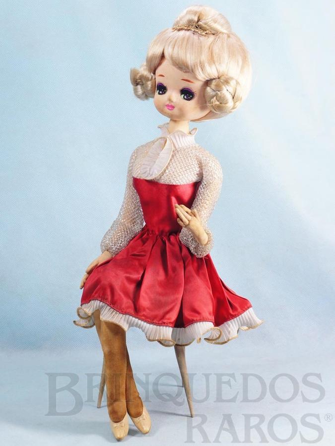 Brinquedo antigo Boneca tipo Pose Doll sentada em Cadeira pés de palito 40,00 cm de altura Rosto de Tecido Caixa com a Música Pour Elise de Beethoven Década de 1960