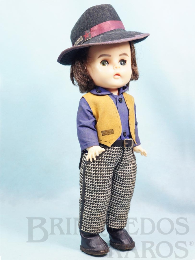Brinquedo antigo Boneca Belinha Tremendão com 35,00 cm de altura Erasmo Carlos Jovem Guarda primeira série com dispositivo de choro Ano 1967