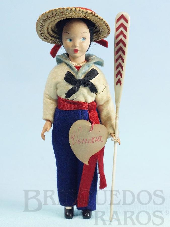 Brinquedo antigo Boneco com traje de Gondoleiro de Veneza Gondoliere com 17,00 cm de altura Rosto de massa e Roupa de Feltro Década de 1950
