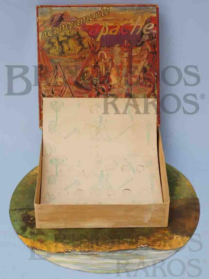 Brinquedo antigo Caixa do Conjunto Acampamento Apache perfeito estado Integra e 100% Original Completa com Base e 2 Encartes Patente ainda requerida Ano 1964