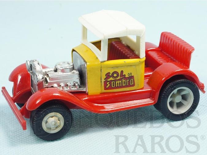 Brinquedo antigo Calhambeque Hot Rod Sol y Sombra com 11,00 cm de comprimento Carroceria de aço Paralamas de plástico Década de 1970