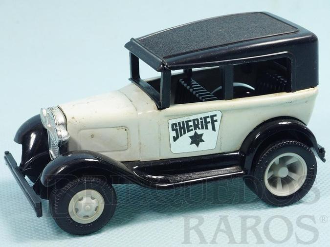 Brinquedo antigo Calhambeque Sheriff com 11,00 cm de comprimento Carroceria de aço Paralamas de plástico Década de 1970