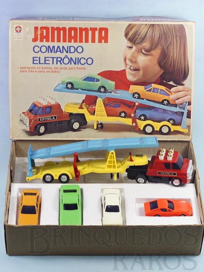 Brinquedo antigo Caminhão Cegonha Jamanta Comando Eletrônico botões adesivados com 4 carros Puma Maverick Passat e Chevette Ano 1977