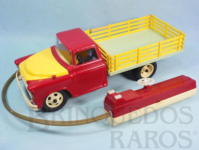 Brinquedo antigo Caminhão Chevrolet 6500 1957 Atma Mirim com controle via cabo 37,00 cm de comprimento Década de 1960