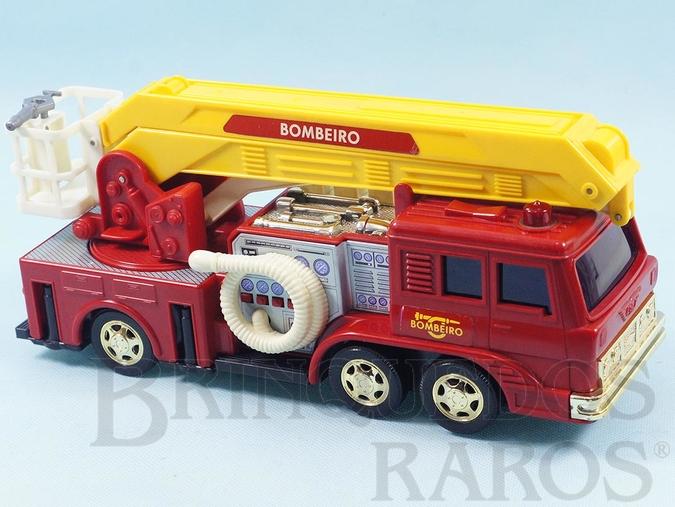Brinquedo antigo Caminhão de Bombeiro Comando Eletrônico com cromados dourados ultima Série fabricada Ano 1990