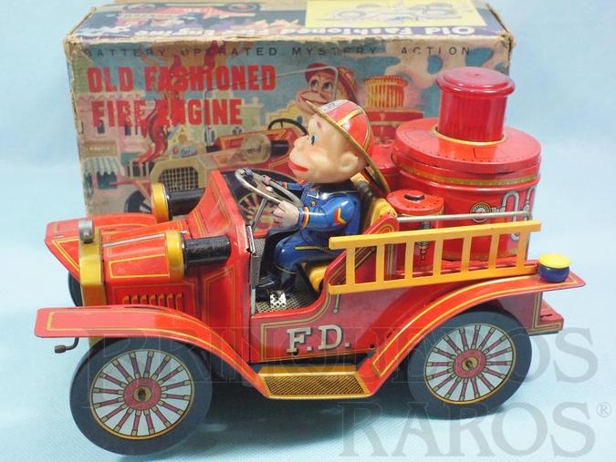 Brinquedo antigo Caminhão de Bombeiro com Boneco Old Fashioned Fire Engine Sistema Bate e Volta 24,00 cm de comprimento Década de 1960