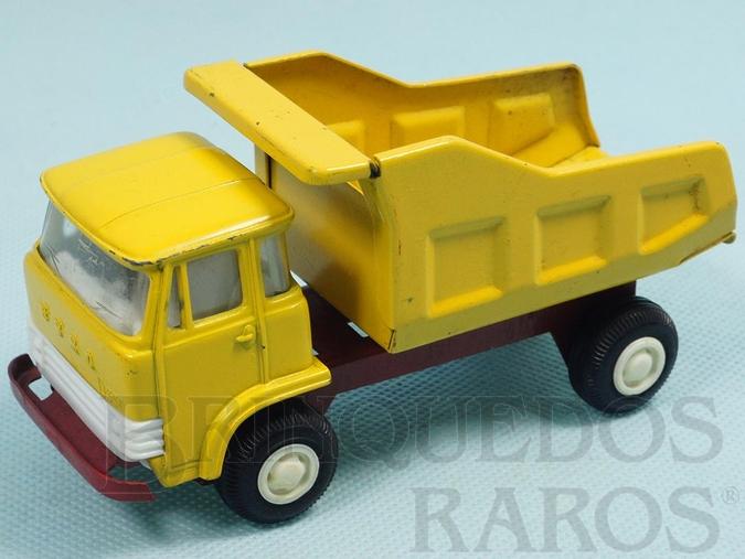 Brinquedo antigo Caminhão Ebro D550 Basculante com 13,00 cm de comprimento Cabine de metal basculante Chassi de aço Década de 1970