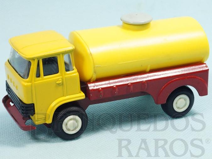 Brinquedo antigo Caminhão Ebro D550 Tanque com 13,00 cm de comprimento Cabine de metal basculante Chassi de aço Década de 1970
