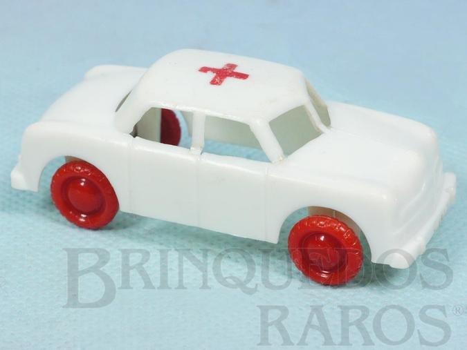 Brinquedo antigo Carro Ambulância com 8,00 cm de comprimento Década de 1960