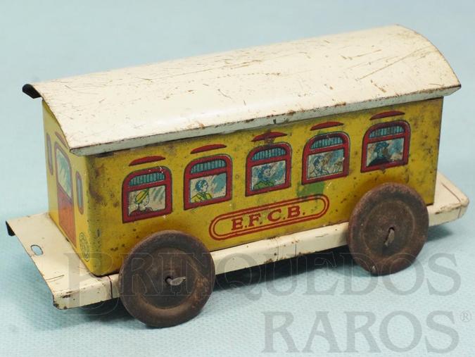 Brinquedo antigo Carro de Passageiros Amarelo Estrada de Ferro Central do Brasil com 14,00 cm de comprimento Ano 1937
