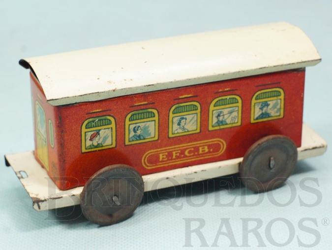 Brinquedo antigo Carro de Passageiros Vermelho Estrada de Ferro Central do Brasil com 14,00 cm de comprimento Ano 1937