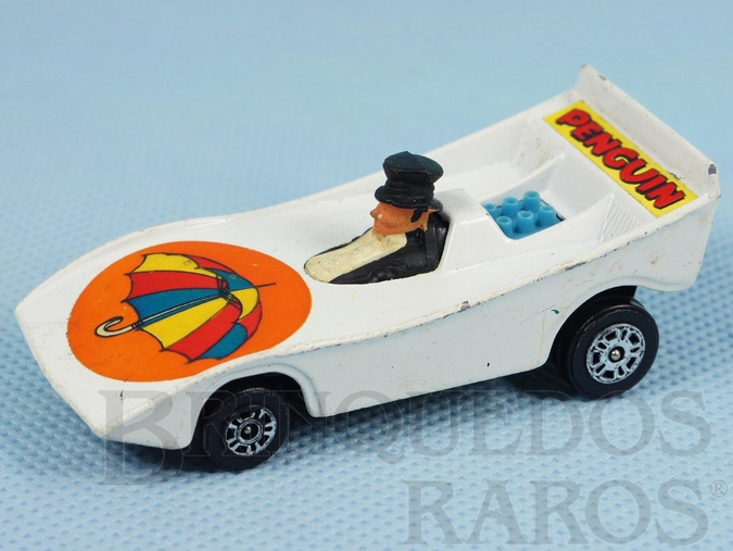 Brinquedo antigo Carro do Pinguin Penguinmobile Batman Década de 1970