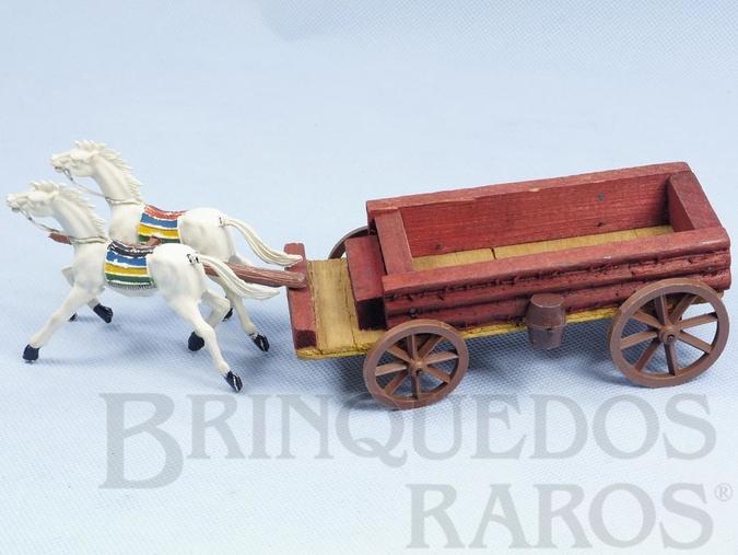 Brinquedo antigo Carroça Aberta com dois Cavalos índios com rédeas Fabricados pela Casablanca Década de 1960