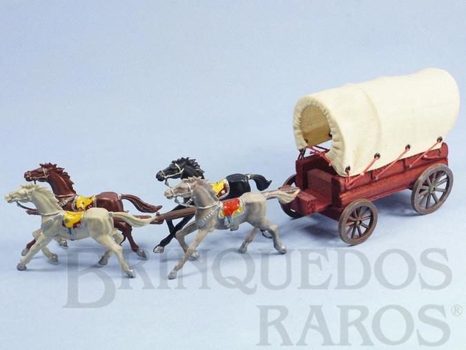 Brinquedo antigo Carroça Casablanca Coberta com quatro cavalos Rodas numeradas 174 e 175 e Travessões numerados 176 e 177 Primeira Série ano 1965