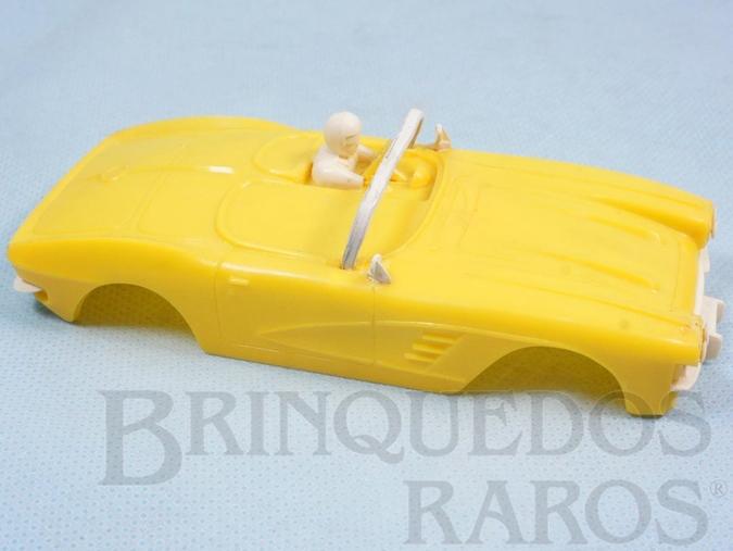 Brinquedo antigo Carroceria Corvette amarela licença Gilbert Co. Nunca usada Estoque Original de Fábrica Ano 1963