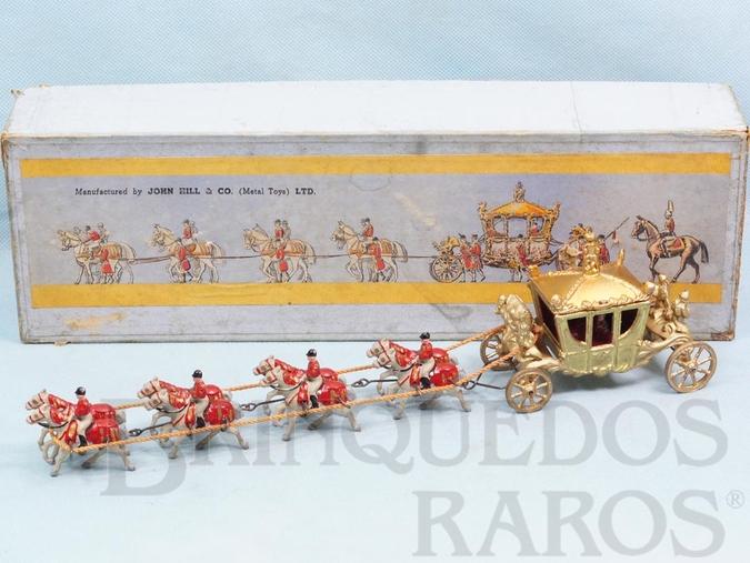 Brinquedo antigo Carruagem da Coroação da Rainha Elizabeth II com 32,00 cm de comprimento Ano 1957