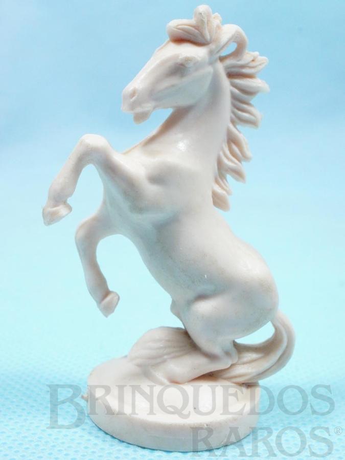 Brinquedo antigo Cavalo para Jogo Xadrez do Rei Arthur e Xadrez do Mequinho Década de 1970