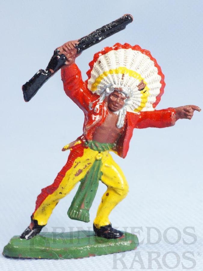 Brinquedo antigo Chefe índio avançando com rifle Casablanca Década de 1960
