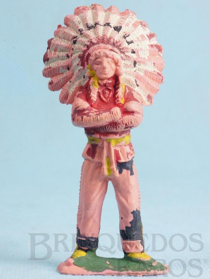 Brinquedo antigo Chefe índio de pé com braços cruzados Gulliver Década de 1970
