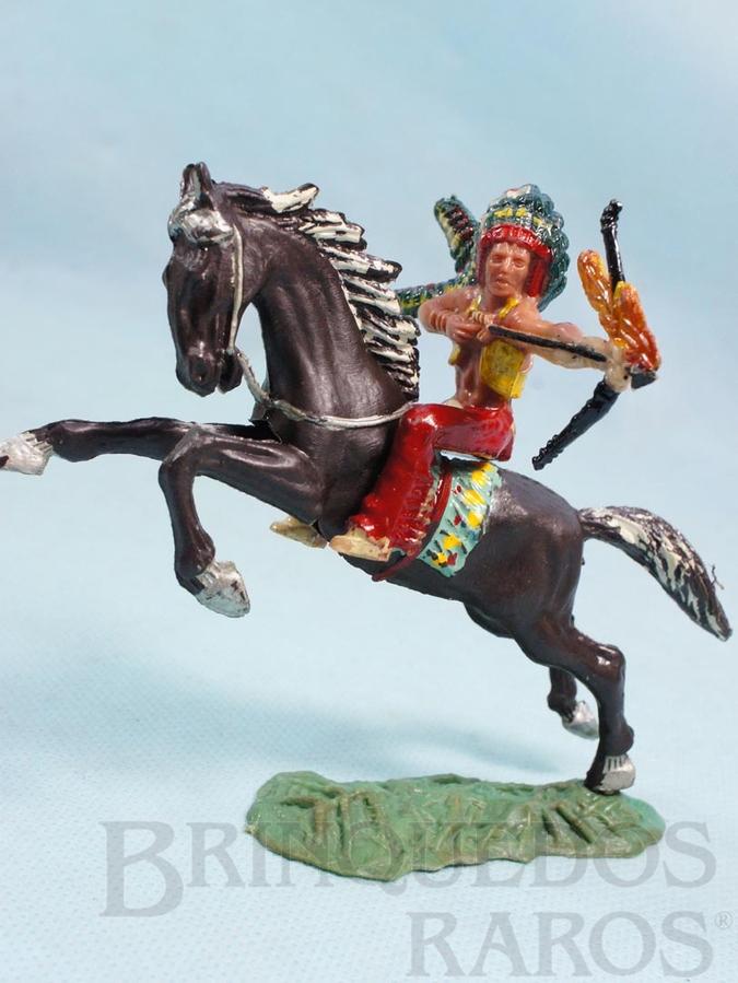 Brinquedo antigo Chefe índio montado a cavalo atirando flecha incendiária Chefe Flexa Vermelha Numerado 139 com Cavalo índio numerado 157 Conjunto Original Casablanca Série Caravana Ano 1965
