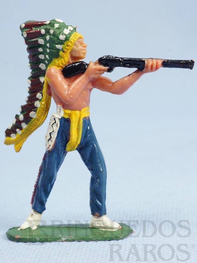 Brinquedo antigo Chefe índio de pé atirando com rifle Chefe Urso Alto Casablanca numerado 102