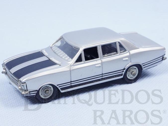 Brinquedo antigo Chevrolet Opala SS prata Fabricado pela Brosol Un Solido fait seulement au Brésil Solido brésilienne Década de 1970