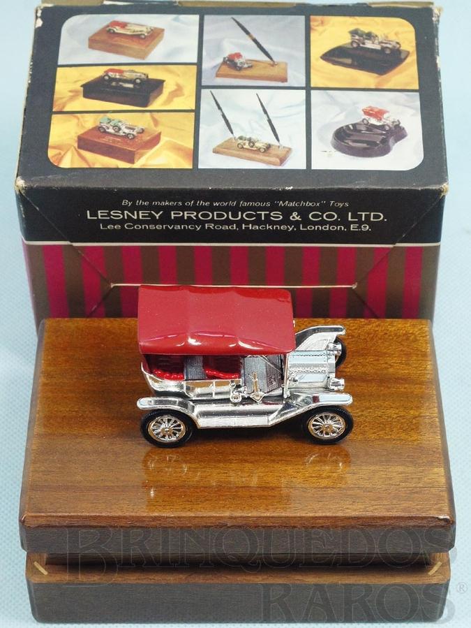 Brinquedo antigo Cigarreira de madeira com 1911 Model T Ford Yesteryear todo cromado Série Cigarette Box