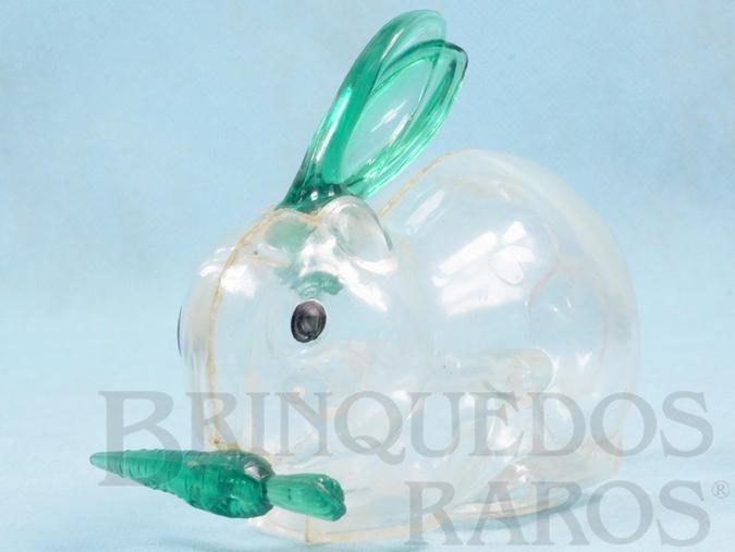 Brinquedo antigo Coelho com Cenoura 14,00 cm de comprimento Plástico transparente Embalagem de doces Década de 1960