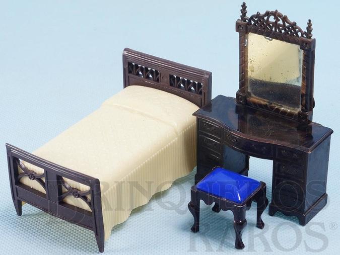 Brinquedo antigo Conjunto com 3 peças de móveis de Quarto de Solteira de Casa de Bonecas Década de 1950
