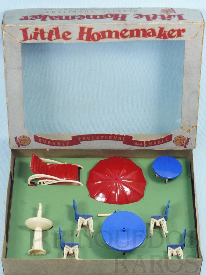 Brinquedo antigo Conjunto com 8 peças de móveis de Jardim de Casa de Bonecas Esse conjunto foi importado e vendido pela Estrela Década de 1950