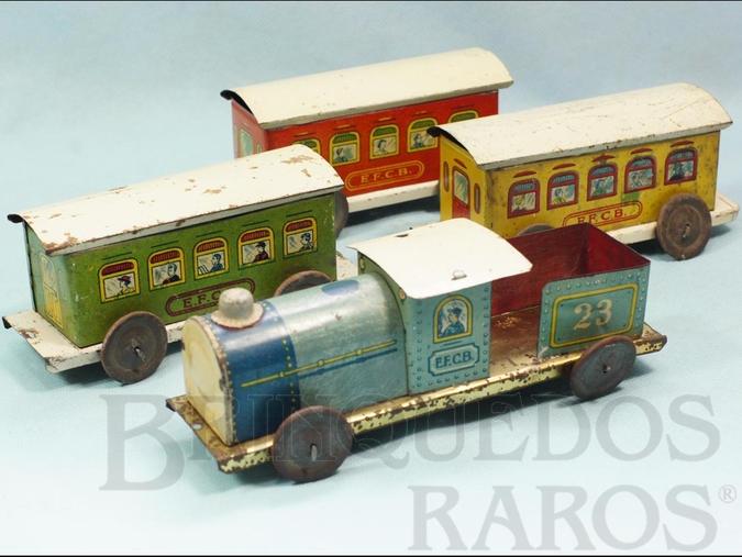 Brinquedo antigo Conjunto de Locomotiva Tender e 3 Vagões de Passageiros Estrada de Ferro Central do Brasil com 70,00 cm de comprimento Ano 1937
