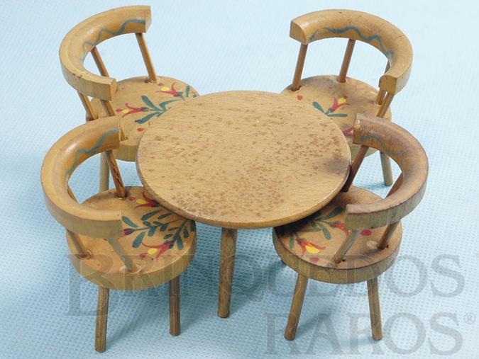 Brinquedo antigo Conjunto de Mesa e quatro cadeiras com pintura floral Década de 1960