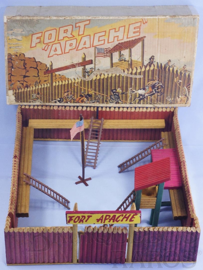 Brinquedo antigo Conjunto Fort Apache Forte Apache perfeito estado 100% Original completo Sem figuras Base medindo 49,00 x 58,00 cm Segunda Série Ano 1966