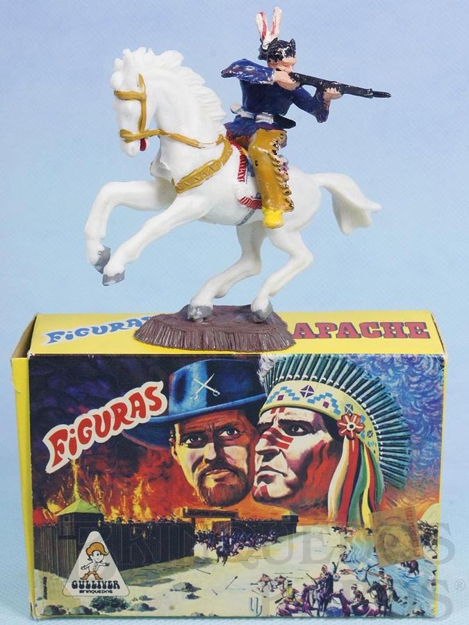 Brinquedo antigo Conjunto Índio atirando com Rifle e cavalo Série Figuras Forte Apache perfeito estado 100% original Acompanha a Caixa Original Década de 1970